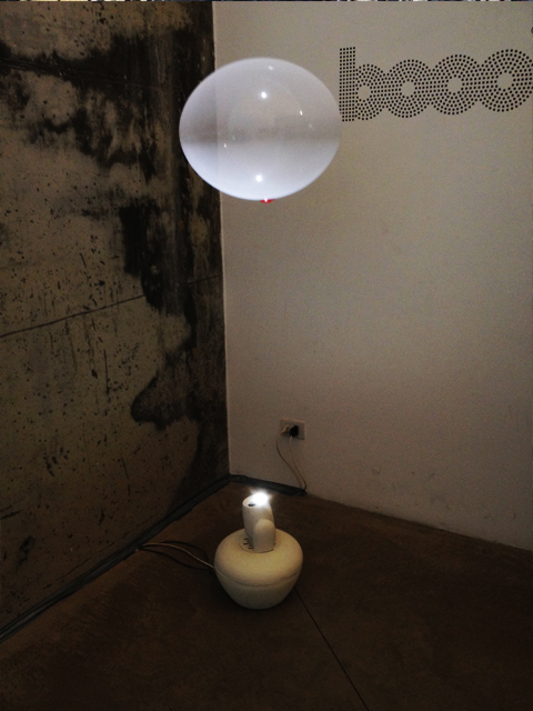 BOOO  FLOATING LAMP 3